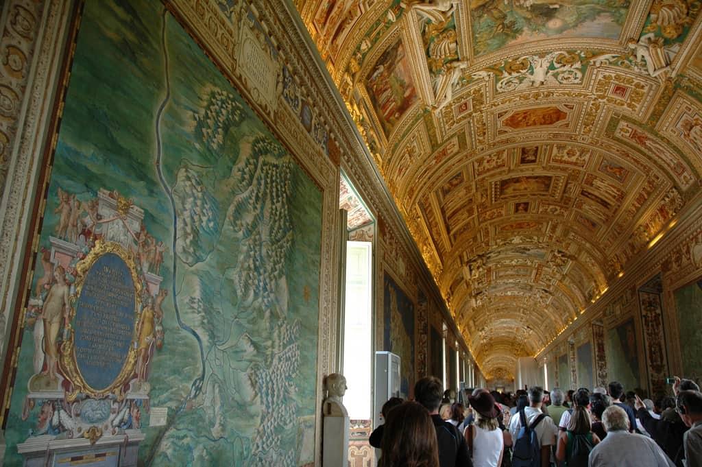 Vatican museums Maps