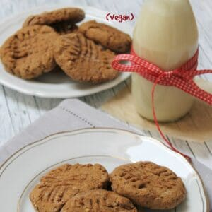 The best molasses cookies ever - whole wheat & low fat, chewy and tasty