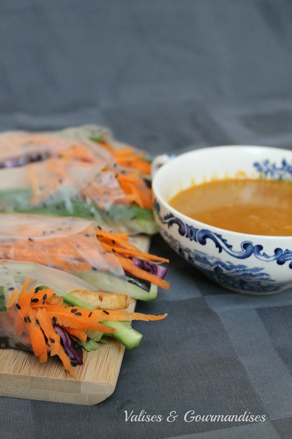 spicy red curry, coconut milk and peanut butter dipping sauce