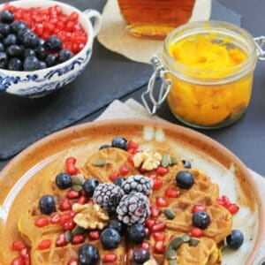 Whole wheat pumpkin waffles, vegan and healthy