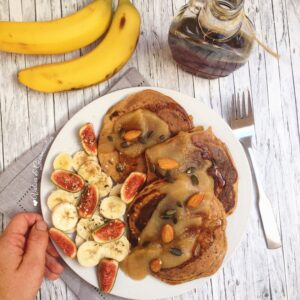 Vegan whole spelt pumpkin pancakes - Valises & Gourmandises