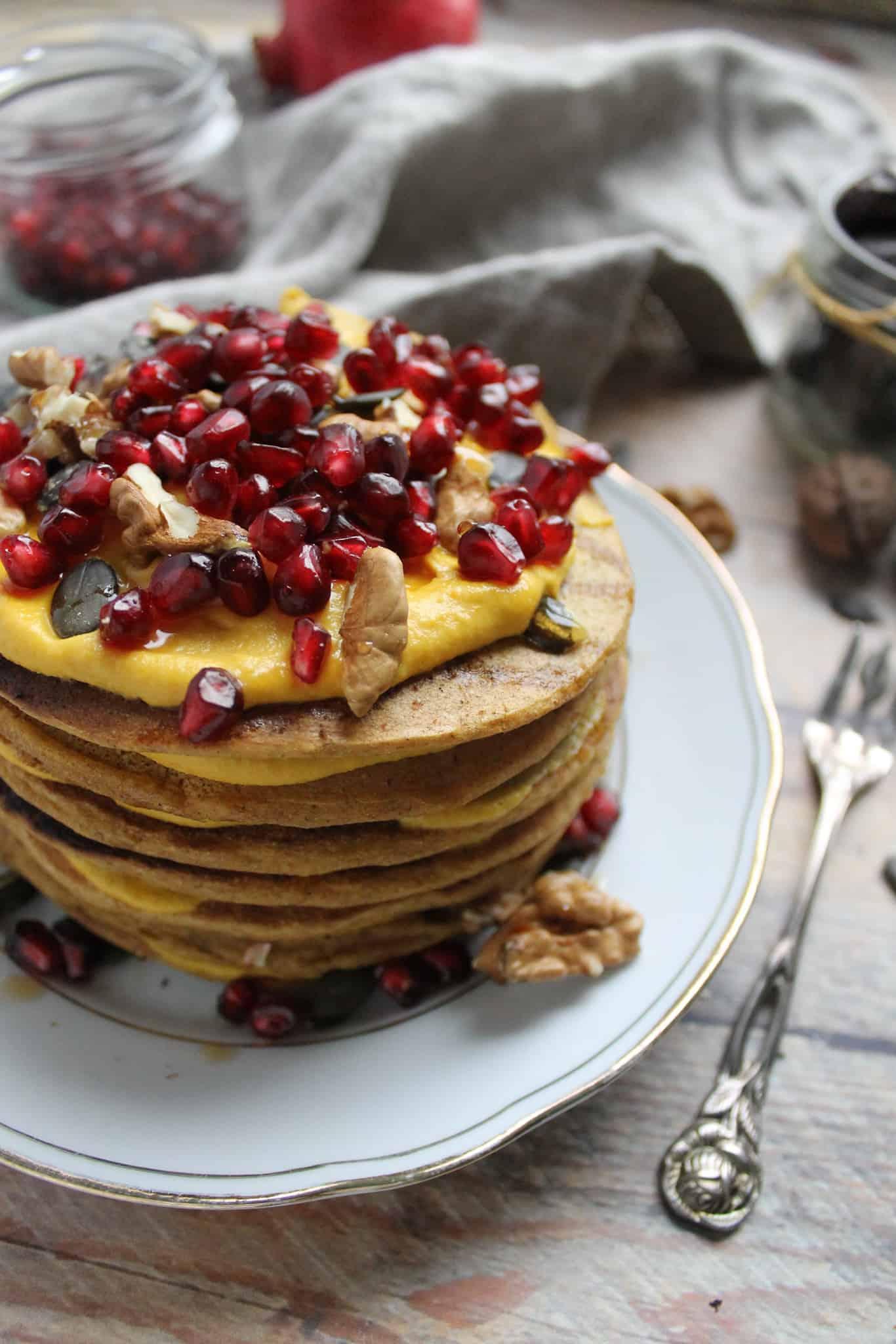 Vegan spelt pumpkin pancakes - Valises & Gourmandises