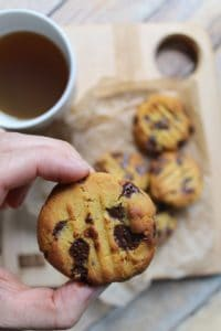 These chickpea flour cookies are naturally vegan& gluten-free!