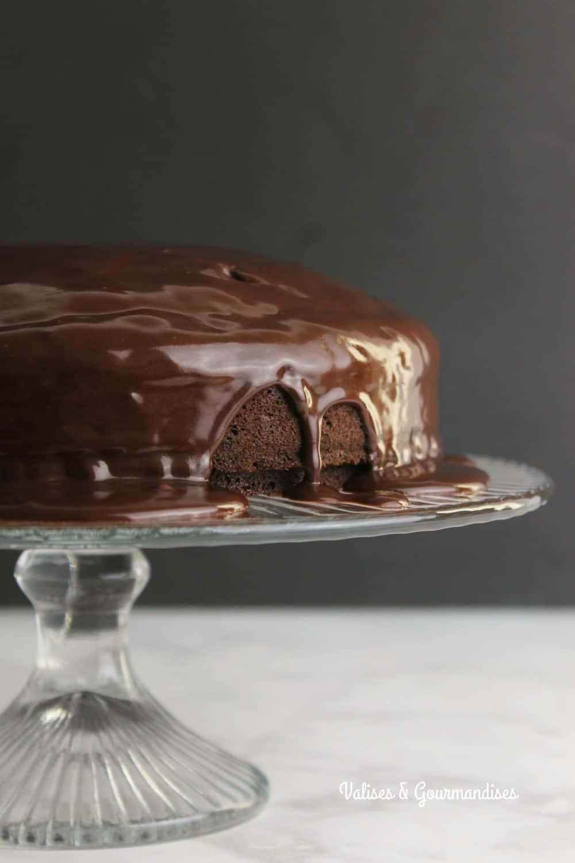 One-bowl vegan chocolate cake - Valises & Gourmandises