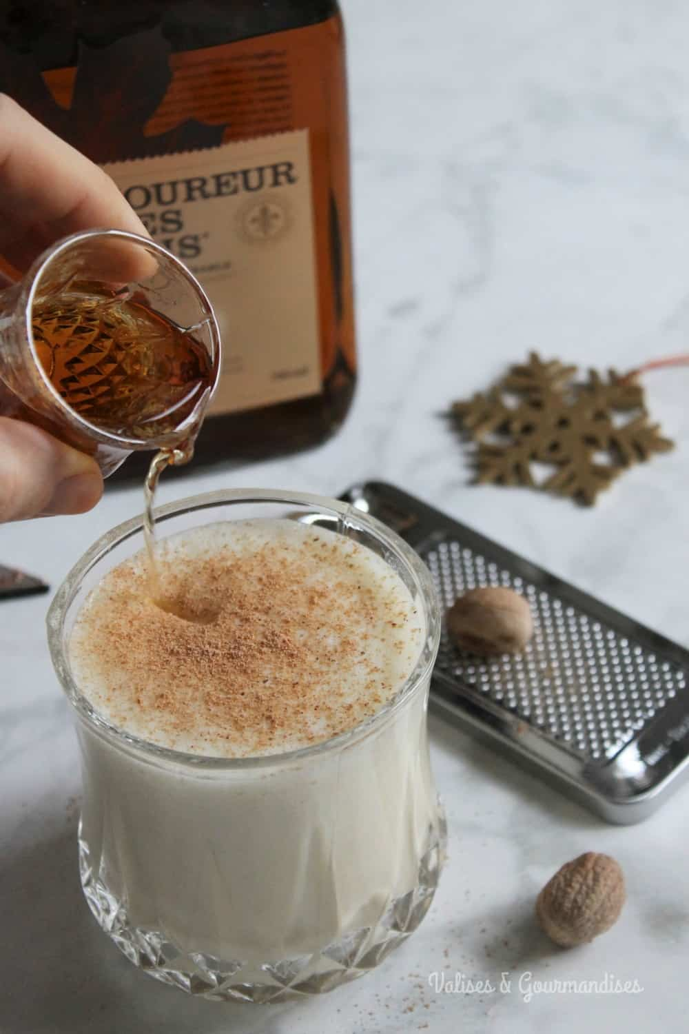 This healthier vegan eggnog is the perfect Holiday drink.