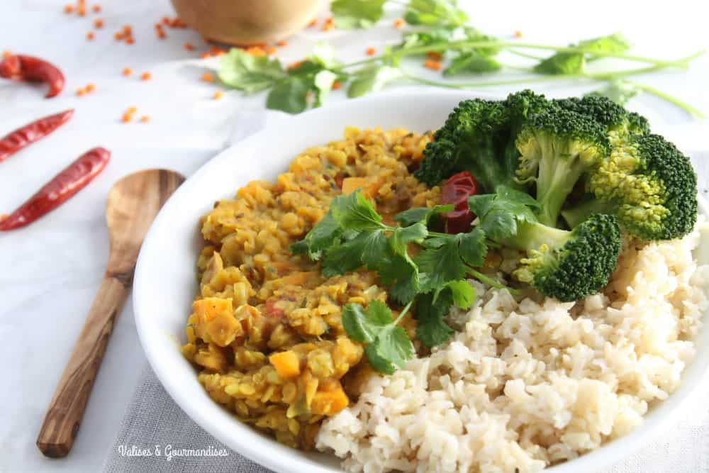 Vegan red lentil dal with sweet potato and leek valises gourmandises this healthy red lentil dal is an easy delicious way to include more beans into forumfinder Choice Image