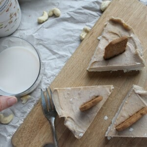 Gâteau sans cuisson au Bailey's végane - Valises & Gourmandises