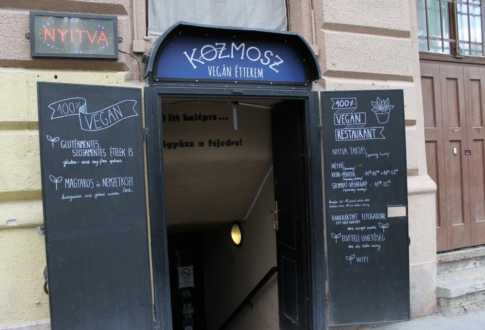 Kozmosz, vegan restaurant in Budapest