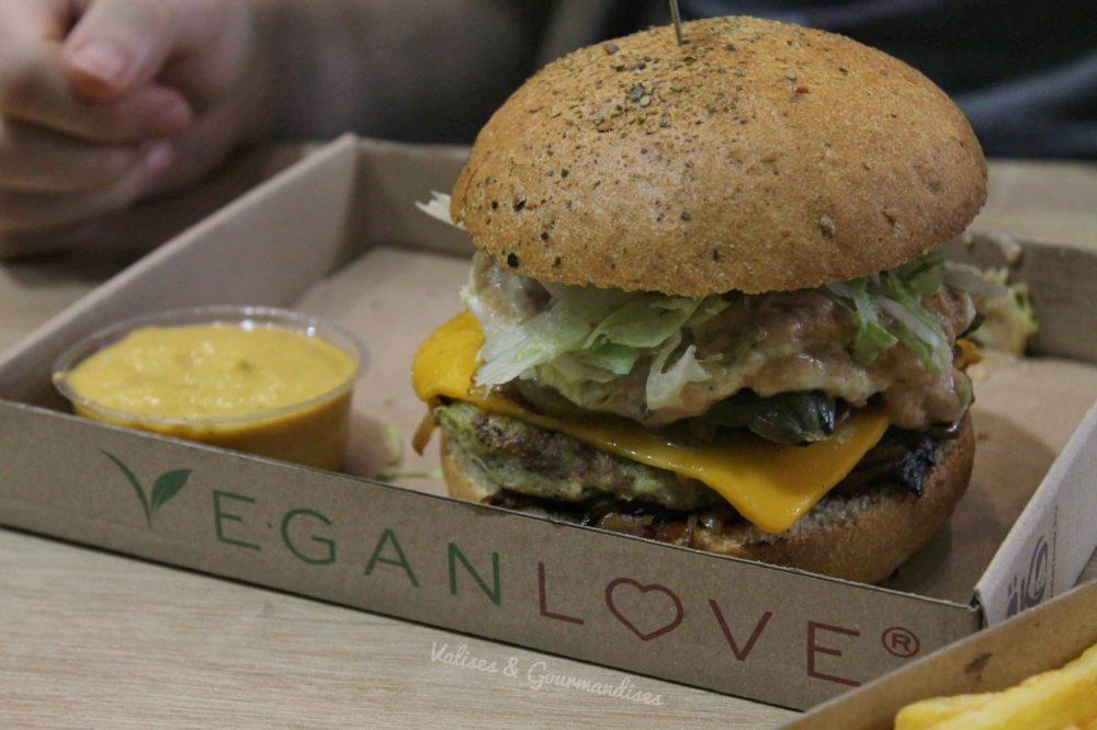 Delicious vegan burger in Budapest