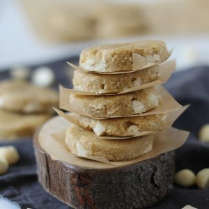 Vegan macadamia white chocolate cookies