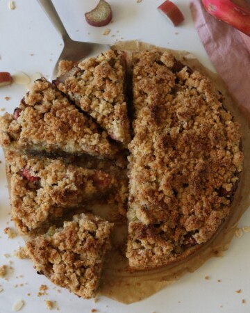 vegan rhubarb cake with streusel seen from above