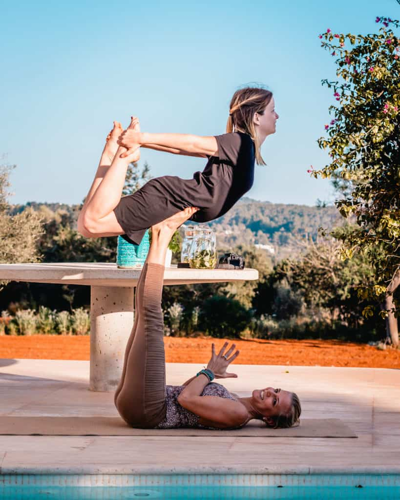 Acro yoga in Ibiza